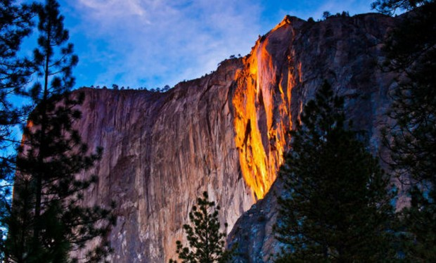 Yosemite-National-Park-Waterfall-7-620x374