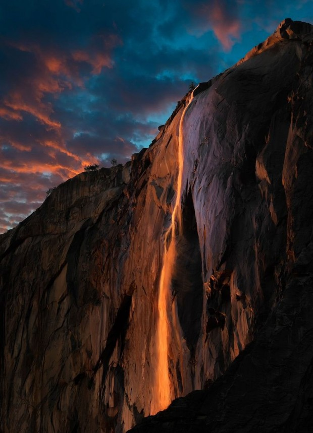 Yosemite-National-Park-Waterfall-9-620x859