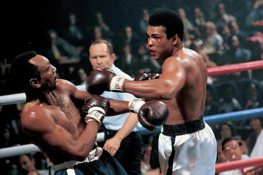 1972-Muhammad-Ali-Bob-Foster-014476414