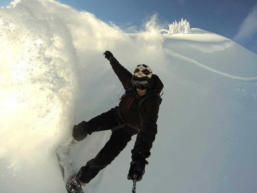 کریس جامیسون در حال اسکی بازی