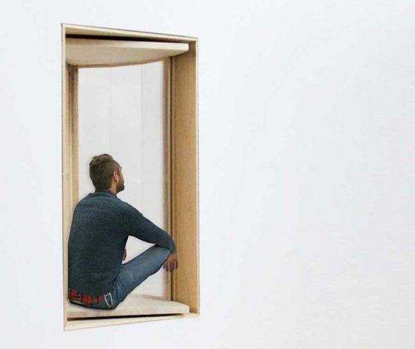 تبدیل پنجره های آپارتمان به بالکن های کوچک