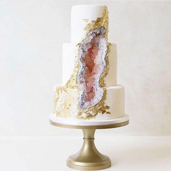 کیک کریستالی
