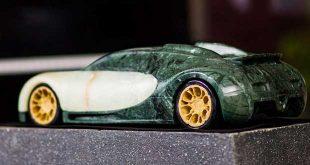 مجسمه سنگی خودرو
