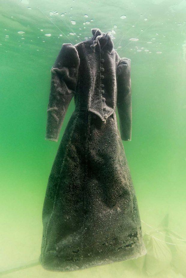 تصاویری از پروژه عکاسی عروس نمک در بحرالمیت !