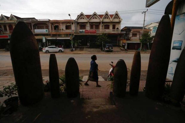 Lethal legacy of secret war in Laos (2)