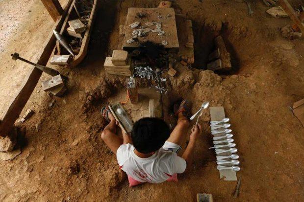 Lethal legacy of secret war in Laos (8)