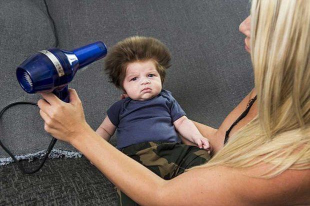 تصاویری از موهای پرپشت کودک دوماهه