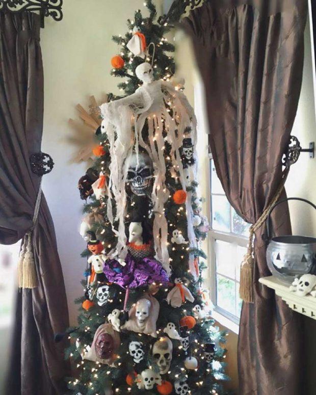تصاویر دیدنی از درختان کریسمس هالووین